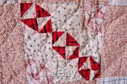 ANTIQUE GRAPHIC DOUBLE T TINY BOW TIES QUILT HAND LAUNDERED SMALL PIECES 1880s
