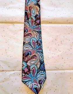Ermenegildo Zegna Quindici Corporate Very Elegant 100% Silk Tie Nwt