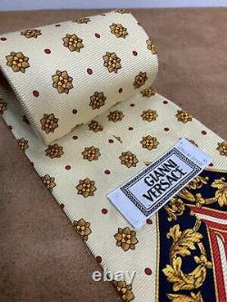 Gianni Versace 100% Silk Medusa Necktie Tie Made In Italy