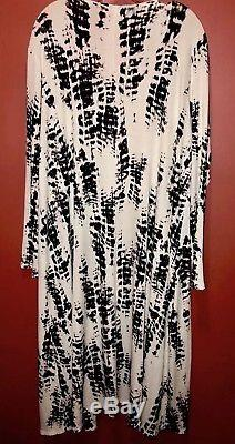 Lularoe BRAND NEW Vintage Black & White Tie-Dye Sarah SMALL! SUPER DUPER UNICORN
