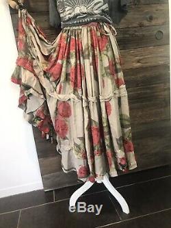 Magnolia Pearl Pissaro Skirt In Flemenco Roses Silk Rayon Fabulous AMAZING