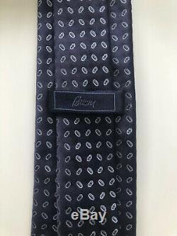 New $230 Brioni Tie STUNNING COLORS Navy/Blue Silk Slim Italy Staple Item RARE
