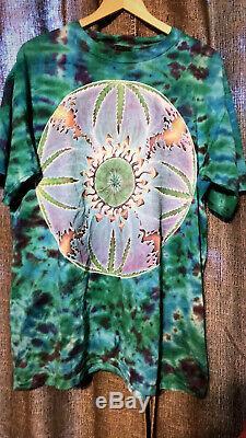 Vintage 1993 Grateful Dead Tie Die 1993 Tour Merchandise T-Shirt XL