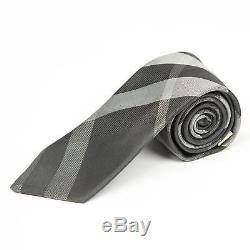 Burberry London New Modern Cut Noir Gris Argent Plaid Motif Cravate En Soie 2.8