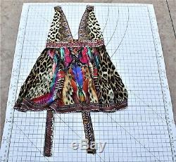 Camilla Franks Robe Courte Kingdom Call V Neck Embellissements Cravate Choisir La Taille