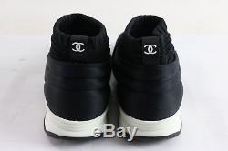 Chanel - Chaussettes Extensibles Noires Avec Logo Du Logo 17b, Baskets Plates De Entraîneur, Logo Sz 38 Pdsf 1195 $