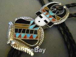 Cravate Bolo En Argent Sterling Danseuse Avec Antilope Zuni Kachina Channei Signée C. C. H