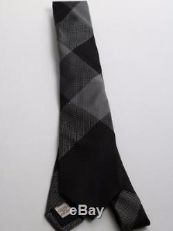 Cravate Burberry Noir Gris Soie À Carreaux