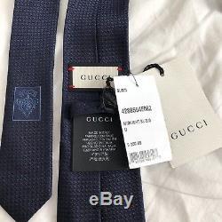 Cravate En Soie Nwt Gucci Avec Filet D'abeille Craie En Soie Midnight Avec Ruban Vert Et Rouge 210 $