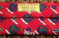 Cravate Vintage Hermès Novelty Pour Homme, Rare, Rouge / Multicolore, Toutes Les Soies
