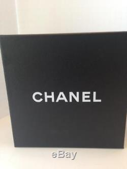 Étole / Écharpe En Cachemire Rose Et Blanc Des Territoires Du Nord-ouest Chanel