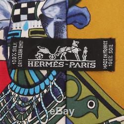 Hermes Rare Kermit Oliver Indien Kachina Amérindien Red Silk Scarf Cravate