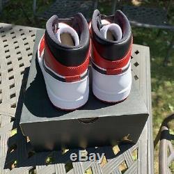 Nike Air Jordan 1 MID Chicago Bred Toe Blanc Talon Taille 9.5 554724-173