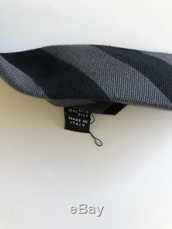 Nouveau 2018 295 $ Cravate Kiton Stunning Soie Douce Rayée Noir / Gris À 7 Plis