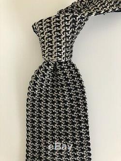 Nouveau 260 $ Tom Ford Knit Tie Très Rare Noir / Gris Pure Soie Italie Style Élégant