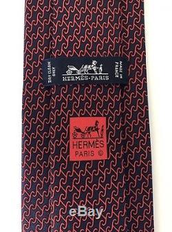 Nouveau Cravate Hermès Paris 180 € Staple Style Rouge / Marine H Design Soie France Rare