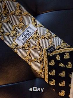 Rare Gianni Versace Mens Hand Made En Espagne