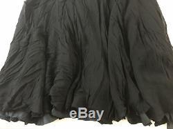 Robe Perlée À La Main En Soie Avec Robe Noire