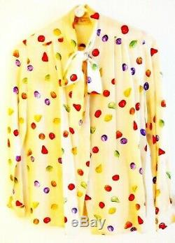 Vintage Des Années 1980 Gucci Taille 40 Chemisier En Soie Chemise Multicolore Collier De Noeud Papillon